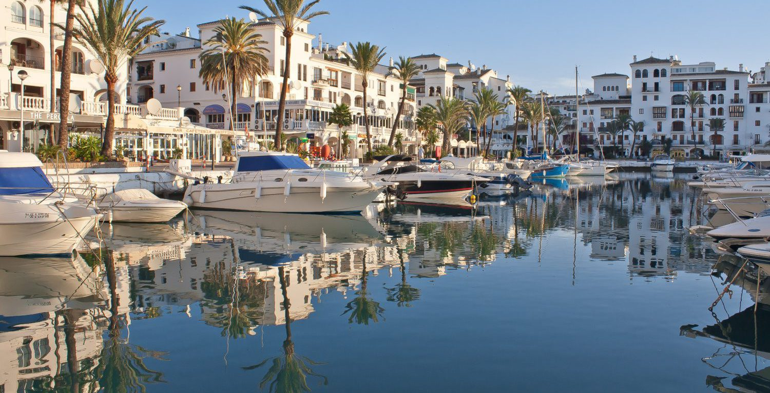 Transfers from Malaga Airport to Duquesa