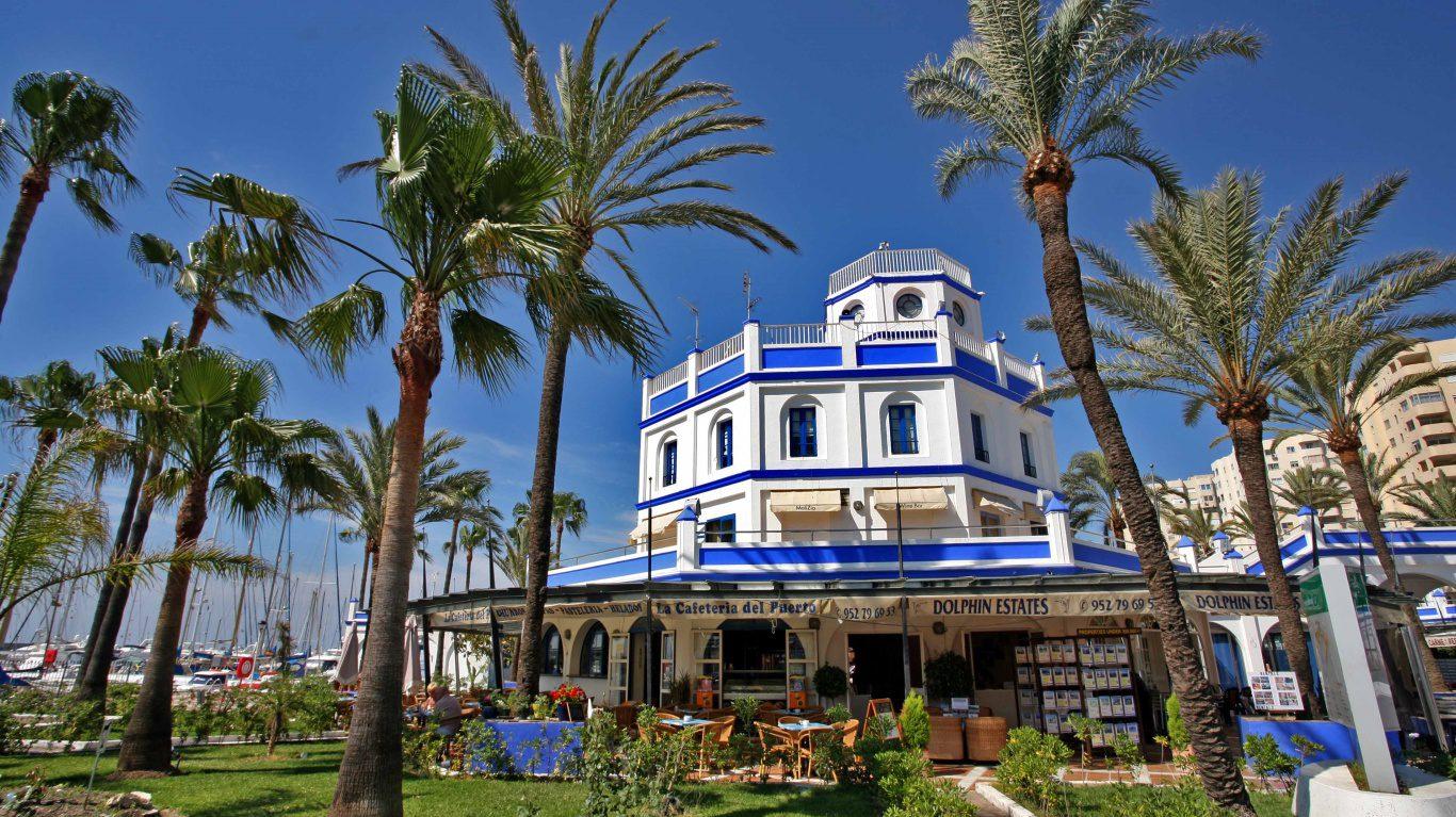 Malaga Airport Transfers to Estepona